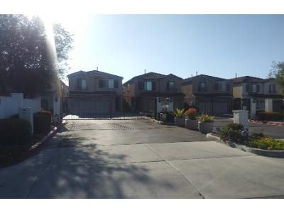 3 Bed 3 Bath Preforeclosure Property in Hawthorne, CA 90250 - Arbor Ln