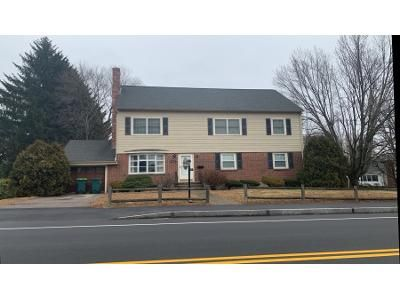 4 Bed 2.5 Bath Preforeclosure Property in Needham Heights, MA 02494 - Central Ave