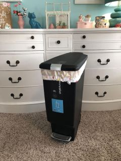Simple Human 40L garbage can used only with liner for cloth diapering