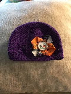 Baby crochet hat with Snoopy Halloween bow , NEW