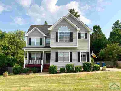 728 Weeping Willow Dr ATHENS Five BR, Welcome home to .