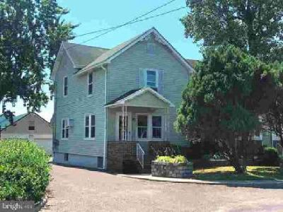 176 B Middle Rd Hammonton, Two BR One BA Duplex in !