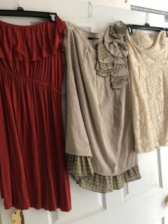 6 summer dresses. Size small
