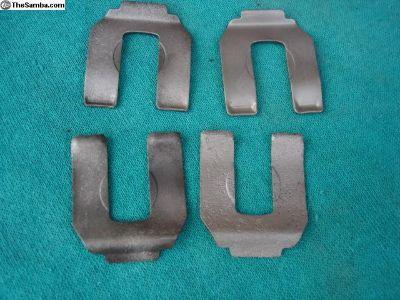 4 Original Brake Hose Clips
