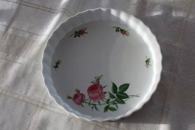 French quiche or fruit tart pan, Christineholm pink roses china