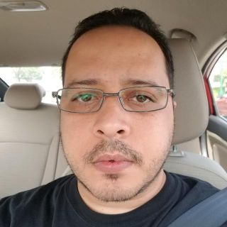 Dennis T is looking for a New Roommate in Miami with a budget of $800.00