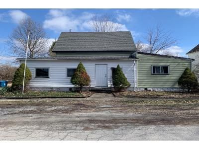 3 Bed 1 Bath Foreclosure Property in Otterbein, IN 47970 - S Johnson St