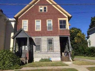 Duplex Family w/ 6 Bedrooms Only $17,900