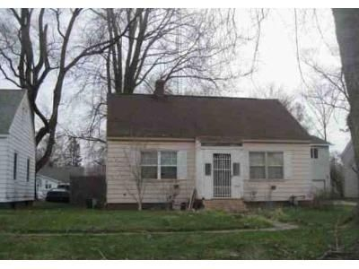 3 Bed 1 Bath Foreclosure Property in Benton Harbor, MI 49022 - Superior St