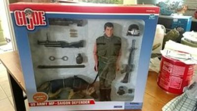 GI Joe MP - Saigon Defender w Dog