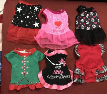 Puppy dresses and clothes xx small