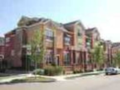 2bd2 Five BA Luxury Townhome Wattached Garage Gym