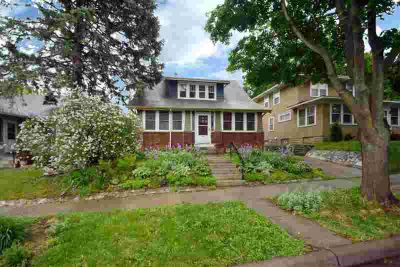 836 Manomin Avenue SAINT PAUL, Charming Three BR home