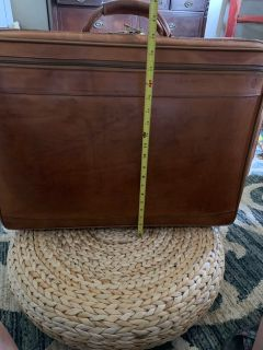 VINTAGE LEATHER SUITCASE $50