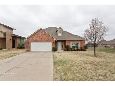 6 Bed 4.5 Bath Foreclosure Property in Oklahoma City, OK 73170 - Crystal Gardens Pl