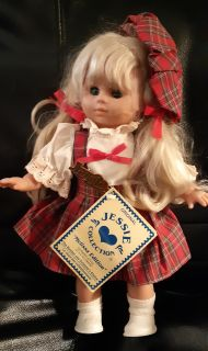 """JESSIE COLLECTION Doll Vintage Authentic """"Melissa Edition"""" 1994 Germany Style 12"""" With tag Like new Pickup in Newmarket $45 or best offere"""
