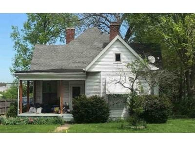 2 Bed 2 Bath Foreclosure Property in Lawrenceburg, KY 40342 - S Main St