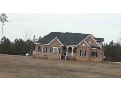 4 Bed 3 Bath Foreclosure Property in Newberry, SC 29108 - Quaker Rd