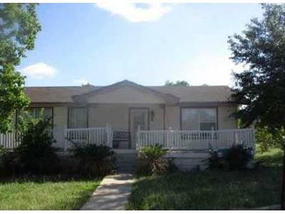 3 Bed 2 Bath Foreclosure Property in Rogers, TX 76569 - W Post Oak Ave