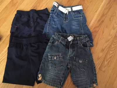 Size 2 shorts lot (additional pair of play shorts found after). All for $5. Cross Posted.