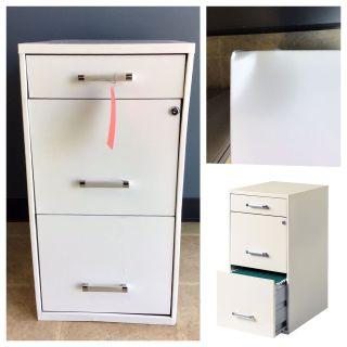 HIRSH 3-Drawer File Cabinet Steel ( Dent from the corner)