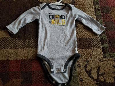 Carters long sleeve 9 month