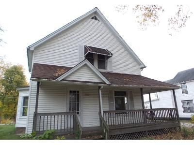 8 Bed 4 Bath Foreclosure Property in Joliet, IL 60435 - N Center Street