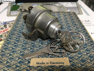 OG 1955-1960 Bus ignition switch 2 VW logo keys