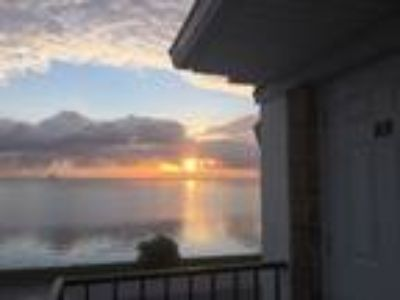 Homes for Sale by owner in Titusville, FL