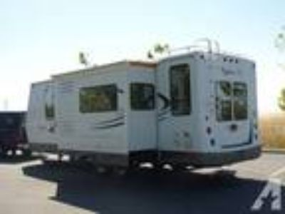 $39,950 Trailer, 2007 28 Bigfoot W/Slide, Immaculate, Luxurious