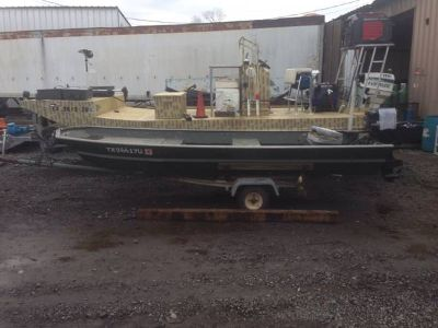 1976 dura craft 14 flatbottom boat with trailer and motor