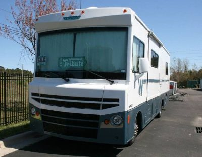 By Owner! 2015 29ft. Winnebago Itasca Tribute 27B