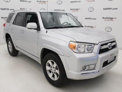 2010 Toyota 4Runner Limited (Classic Silver Metallic)