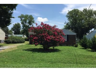 2 Bed 1 Bath Preforeclosure Property in Gallatin, TN 37066 - Murrey St