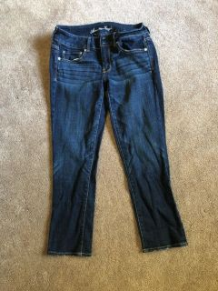 American Eagle Artist jeans. Worn once or twice. Women s 6. Non-smoking home.