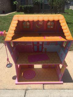 Free doll house