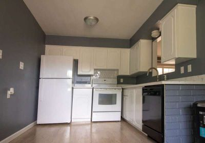 $1800 - 3 bed, 1 bath with newly redone kitchen near Tacoma's 6th Ave