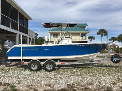 2013 Sea Hunt Ultra 234 Yamaha F250XCA (230 Hours)