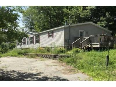 3 Bed 2 Bath Foreclosure Property in Oakland, ME 04963 - N Second Rangeway Rd