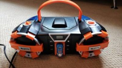 Kids Hot wheels CD player/radio