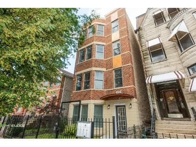 3 Bed 2 Bath Foreclosure Property in Chicago, IL 60653 - S Giles Ave Unit 3