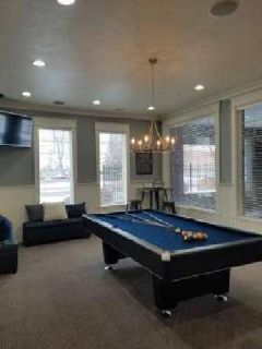 2 Beds - Eagles Landing Apartments
