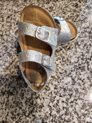 Cat and Jack toddler size 5 silver glitter sandals GUC