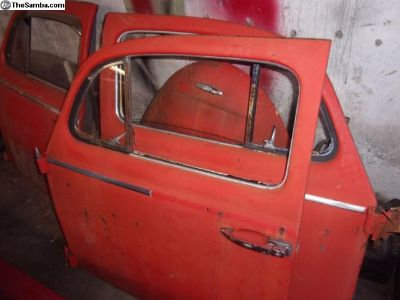 Driver 60-64 small window door
