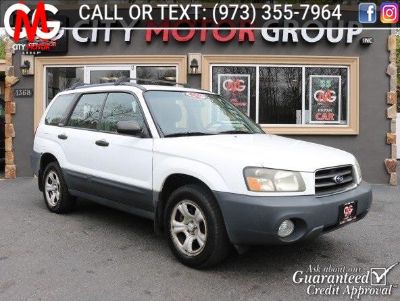 2003 Subaru Forester X (Aspen White/textured Gray)