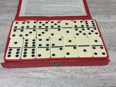 Vintage Cardinal Dominoes with Case.