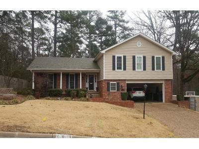 4 Bed 2 Bath Preforeclosure Property in Little Rock, AR 72212 - Imperial Valley Dr