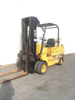 1900 CAT Lift Trucks T120C
