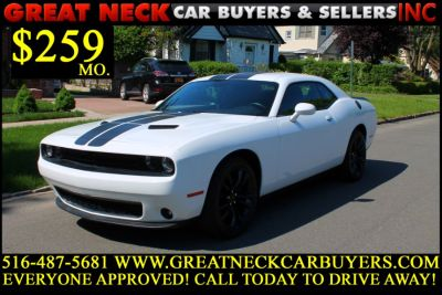 2016 Dodge Challenger 2dr Cpe SXT (Bright White Clearcoat)
