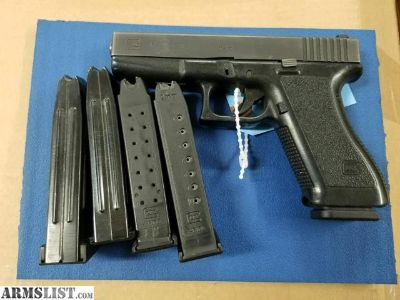 For Sale: Glock 17 - with 4 prebans